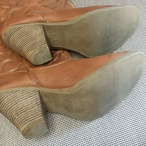 Shoes - HEELED COWGIRL BOOTS